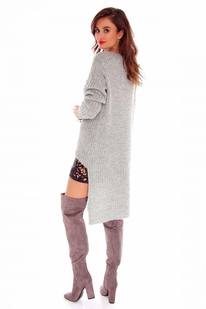 8e266fe544e060 Sweter asymetryczny CMK716 szary modne swetry damskie sklep CosmosModa