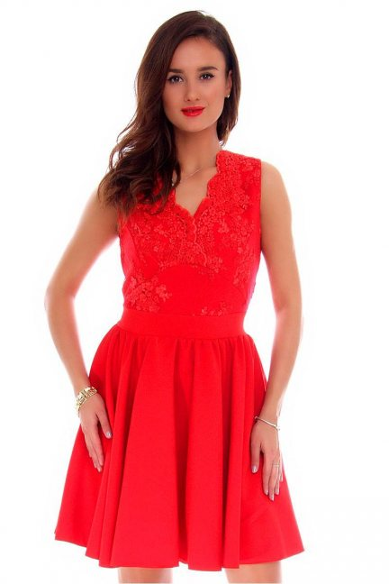 Sukienka rozkloszowana CMK226 czerwona