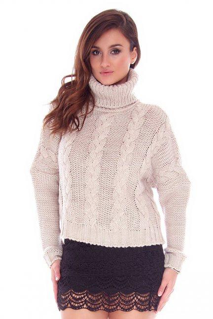 Sweter oversize z golfem CMK740 beżowy