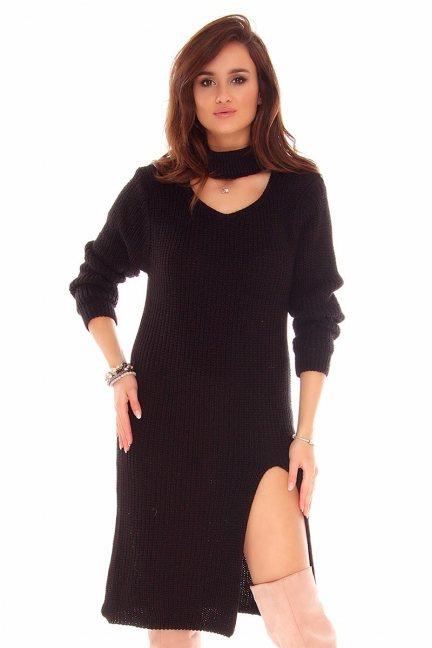 Sweter długi z chokerem CMK742 czarny