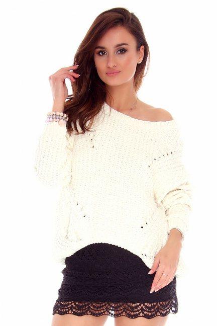 Sweter damski z perełkami CMK749 ecru
