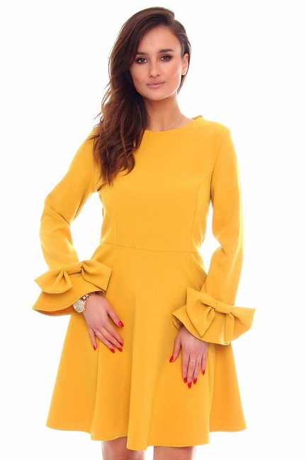 Sukienka rozkloszowana midi CMK871 miodowa