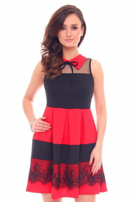 Sukienka rozkloszowana CMK915 czerwona