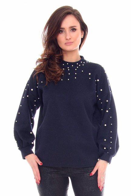Sweter modny z perełkami CMK916 granatowy