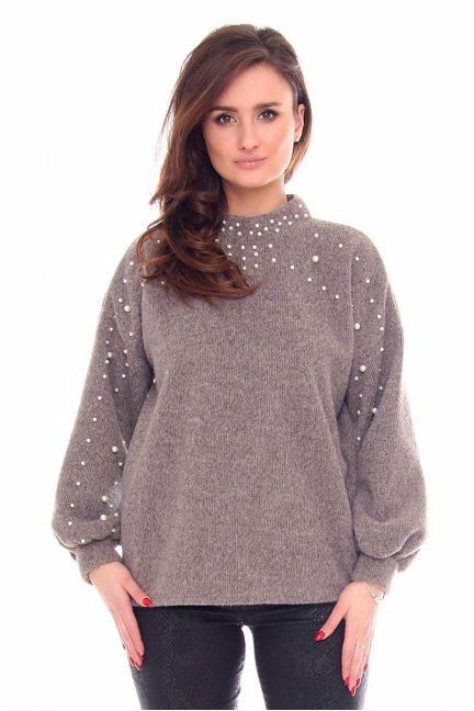 Sweter modny z perełkami CMK916 beżowy