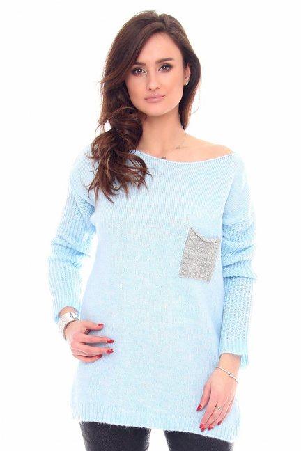 Sweter tunika z kieszonką CMK918 błękitny
