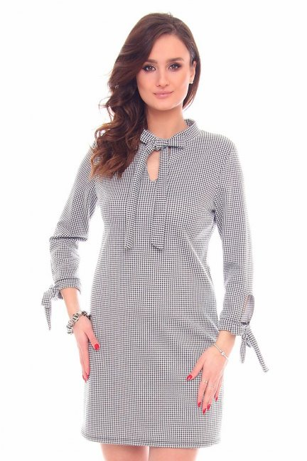 Sukienka mini w pepitkę CMK905 czarno-biała