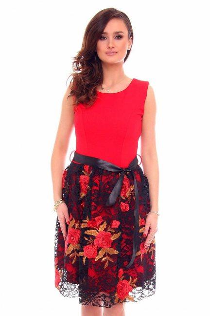 Sukienka elegancka czerwona