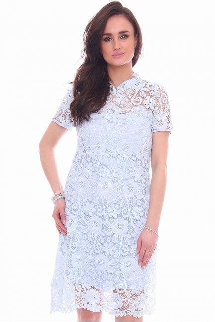 Sukienka midi z koronki CMK990 niebieska