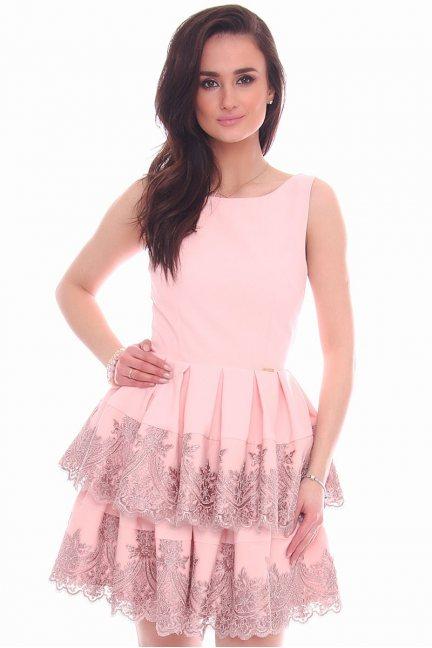 Sukienka falbanki koronka CMK991 różowa