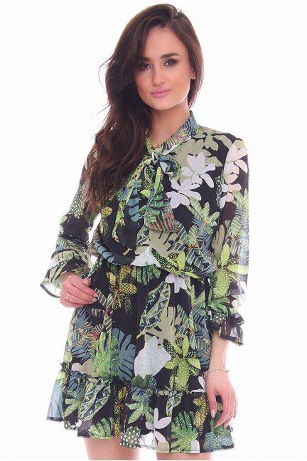 Sukienka falbanka w kwiaty CMK970 zielona