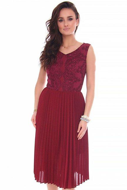 Sukienka midi plisowana CMK161 bordowa