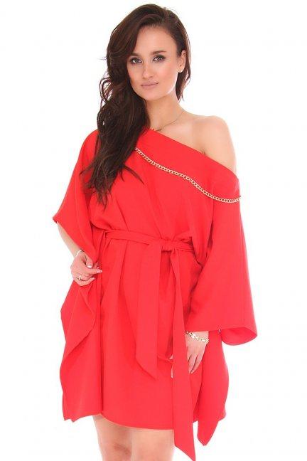Sukienka nietoperz z łańcuszkiem czerwona