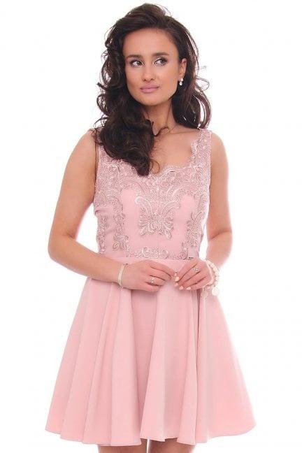 Sukienka rozkloszowana mini z gipiurą różowa