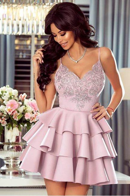 Sukienka elegancka z falbankami koronka