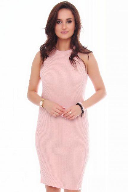Sukienka damska dopasowana różowa