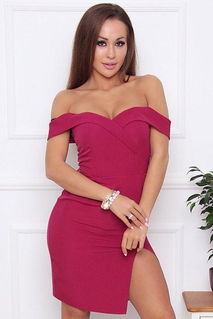 Sukienka wieczorowa z rozporkiem bordowa