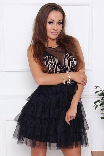 Sukienka elegancka z szyfonu czarna