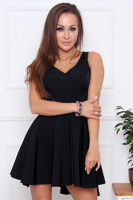 Sukienka rozkloszowana z dekoltem czarna