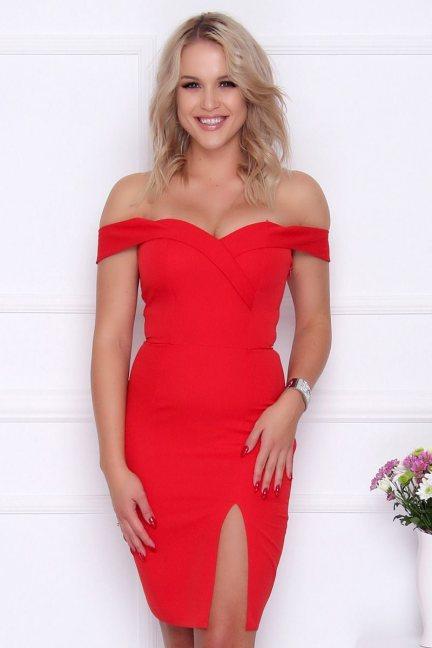 Sukienka wieczorowa z rozporkiem czerwona