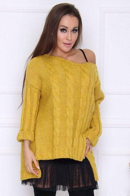 Sweter damski dłuższy tył warkocz musztarda