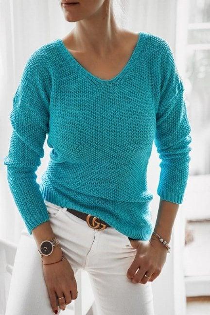 Sweter oversize wycięty dekolt niebieski
