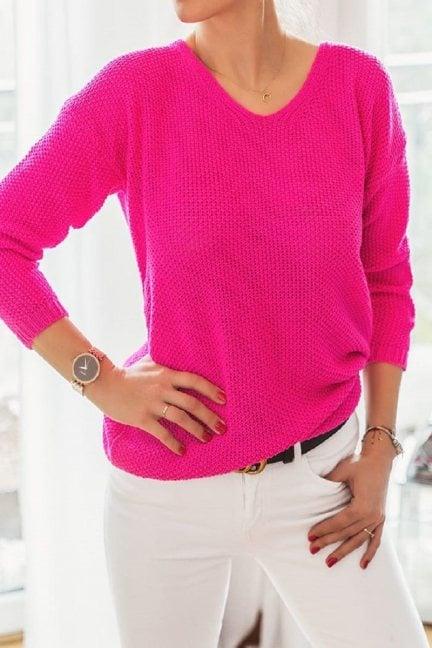Sweter oversize wycięty dekolt fuksja