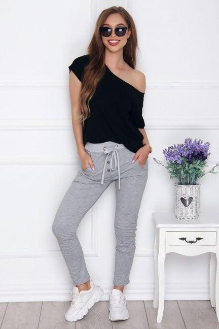 Spodnie dresowe z guzikami szare