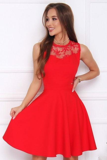 Sukienka rozkloszowana midi czerwona