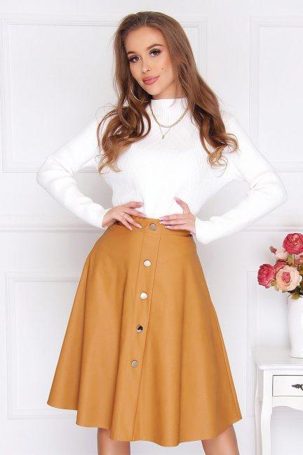 Sweter modny z półgolfem damski biały