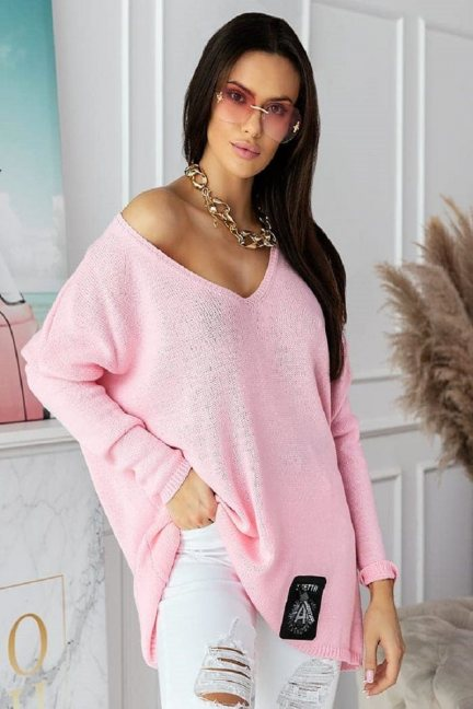 Sweter damski oversize z dekoltem różowy