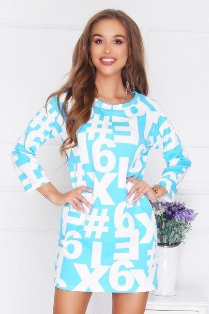 Sukienka tuba druk w cyfry niebieska
