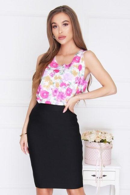 Bluzka trapezowa w kwiatki różowa