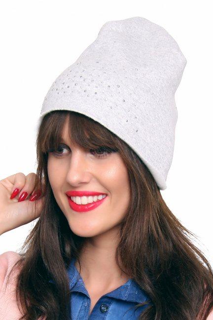 Ciepła czapka z cekinami