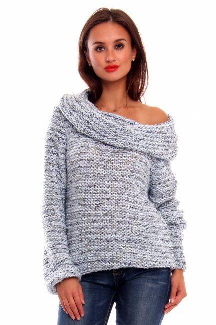 Sweter ciepły z dużym golfem CMK2033 niebieski