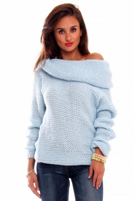 Sweter ciepły z dużym golfem CMK2033 błękitny
