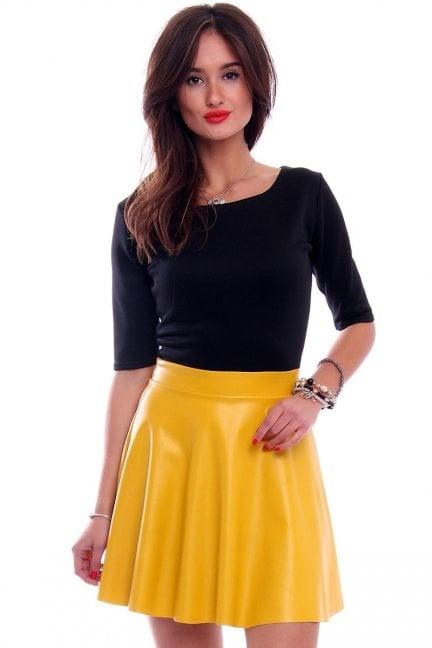 Sukienka skórzana klosz CM524 żółta