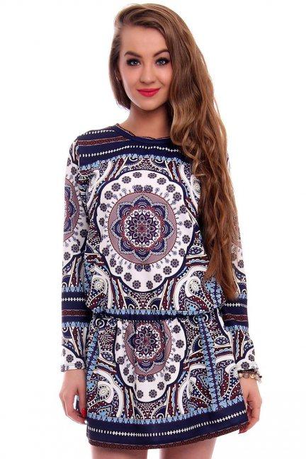 Sukienka w modne azteckie wzory