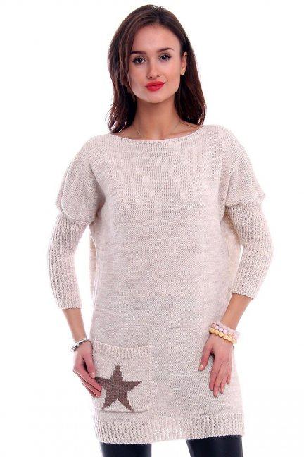 Sweter tunika z gwiazdą CMK2040 beżowy