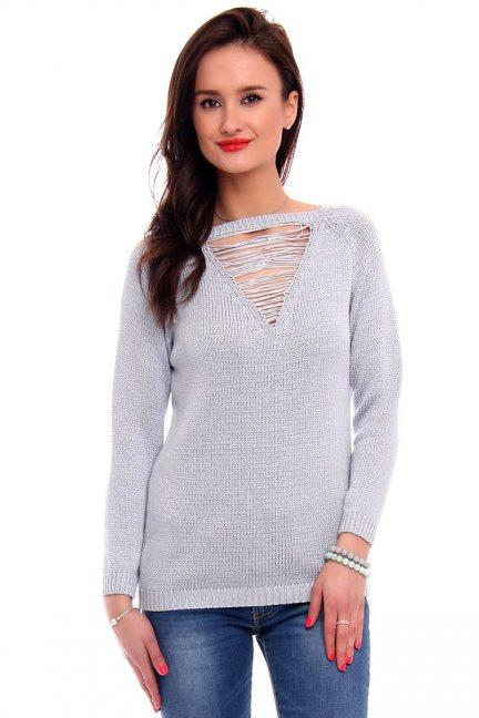 Sweter ozdobny dekolt CMK2044 błękitny