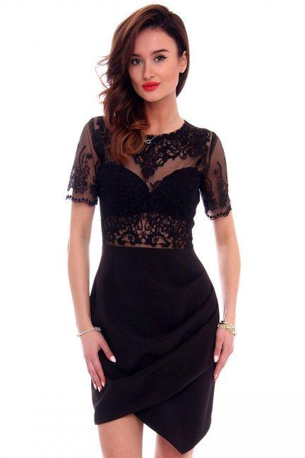 Sukienka asymetryczna z haftem CMK425 czarna