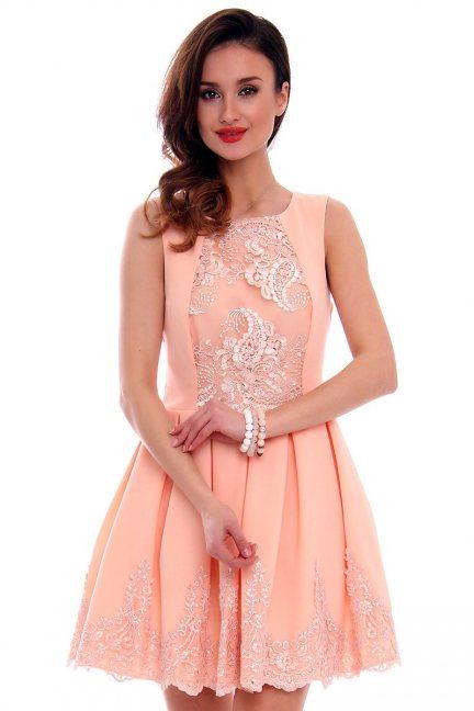 Sukienka zakładki koronka CMK471 morelowa