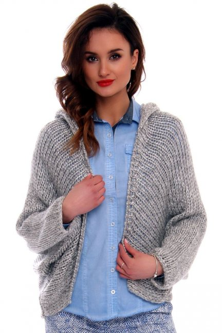 Sweter narzutka z kapturem CMK575 szary