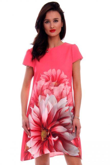 Sukienka z kwiatem CMK494 koralowa