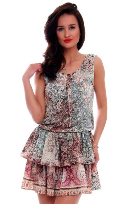 Sukienka w modne wzory