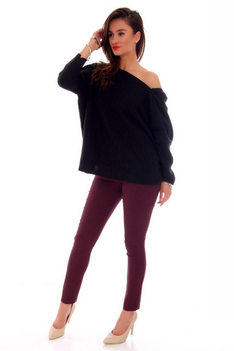 12a947064f4ae0 ... Sweter damski czarny; Sweter oversize czarny; Sweter z wyciętymi  plecami; Swetry damskie sklep online CosmosModa